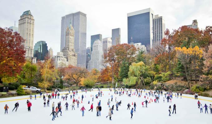 Ice skaters having fun in New York Central Park in fall © Stuart Monk/Shutterstock - New York