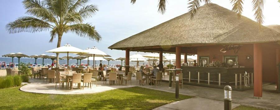 Fujairah, mare ad Al Aqah Beach - Fujairah Sharkeys Beach Bar