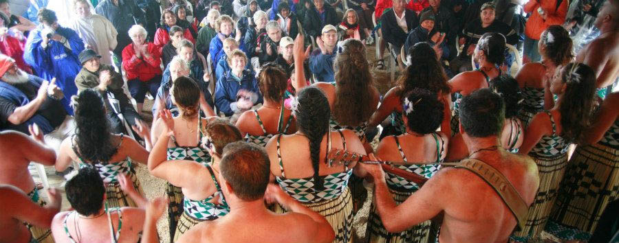 Benvenuti a Aotearoa - New Zealand Waitangi, Maori Dance © James Heremaia/Tourism New Zealand