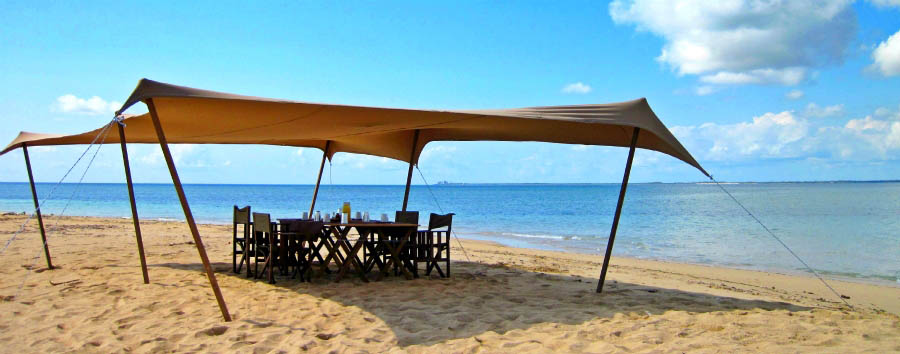 Quirimbas Island Hopping - Mozambique Lunch on the beach