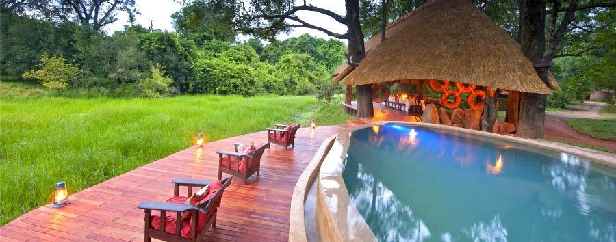 Nkwali - Plunge pool