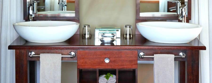 Thanda Tented Camp - Luxury Tent Bathroom