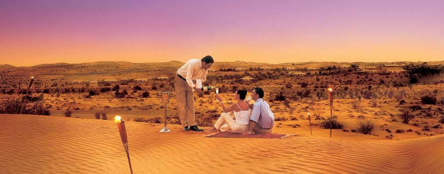 Al Maha Desert Resort & Spa - Cena fra le dune