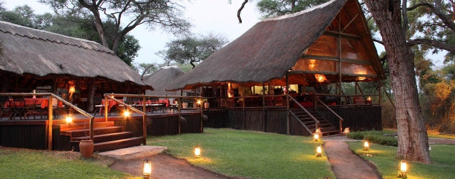 Elephant Valley Lodge - Exterior view at dusk