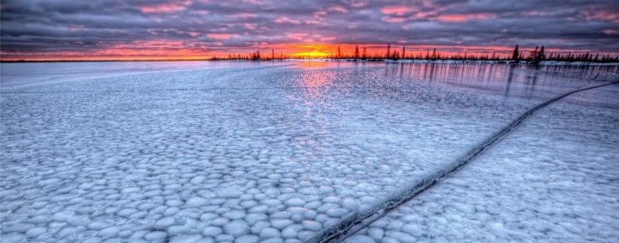 Alla ricerca degli orsi polari - Arctic Sunset over Dymond Lake - Courtesy of Churchill Wild