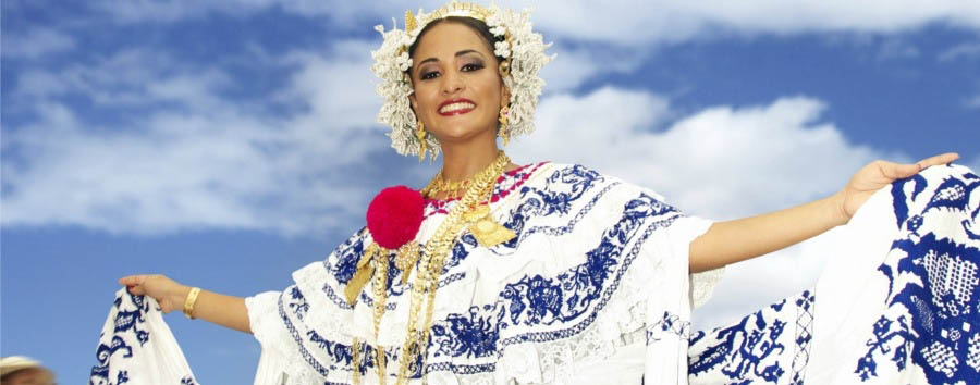 Hola Panama: meet the locals - Panama Local Woman Dressed in Pollera