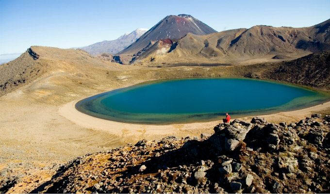 Blue Lakes of Tongariro National Park © Tourism New Zealand - New Zealand