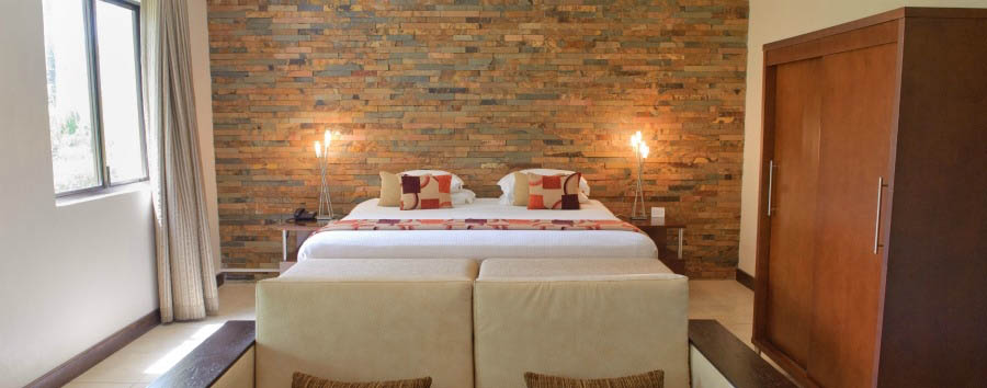 Omali Lodge Luxury Hotel - Honeymoon Suite