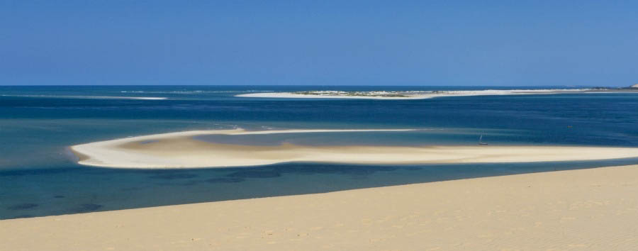The Aquamarine Paradise - Mozambique The Pristine Beaches of The Bazaruto Archipelago