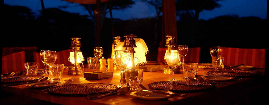 Serengeti Safari Camp - Candlelight dinner
