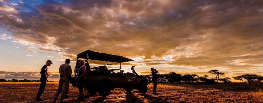 Botswana, acqua e deserto - Botswana Nxai Pan, Sundowner Stop
