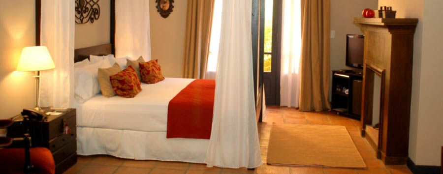 Legado+Mitico+Salta+Boutique+Hotel+-+%22The+Writer%22+Deluxe+Bedroom