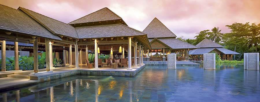 Constance Ephelia Resort - Corossol Restaurant