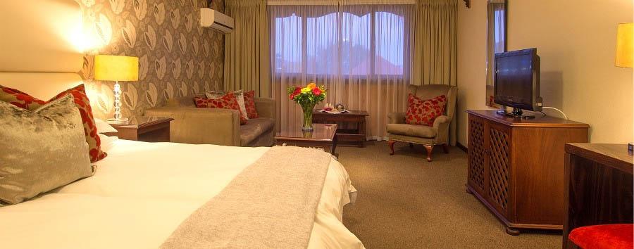Knysna Log Inn - Family Room
