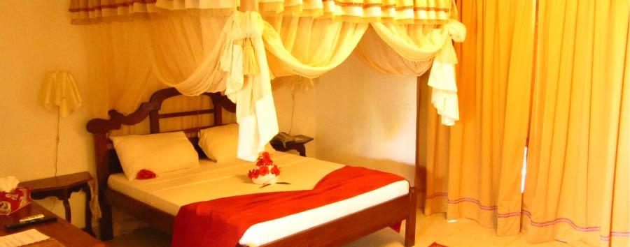 Karafuu Hotel Beach Resort - Bondeni Pool Room