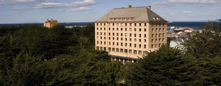 Cabo de Hornos Hotel - Hotel Exterior