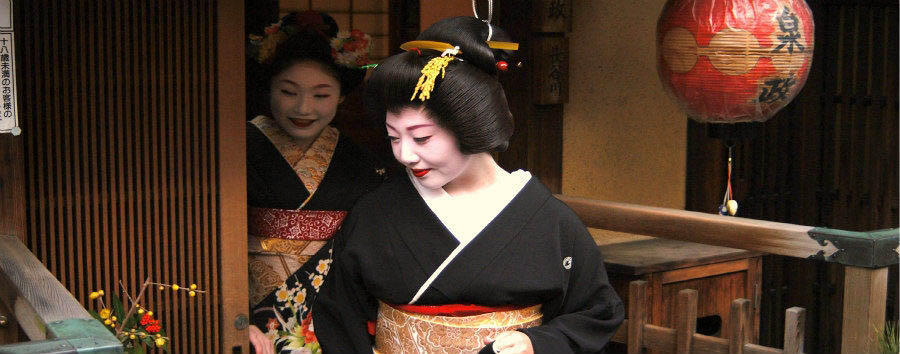 Japan - Kyoto, Geisha in Gion Quarter