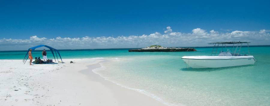 Mozambique - Turquoise Water and White Sand in Bazaruto