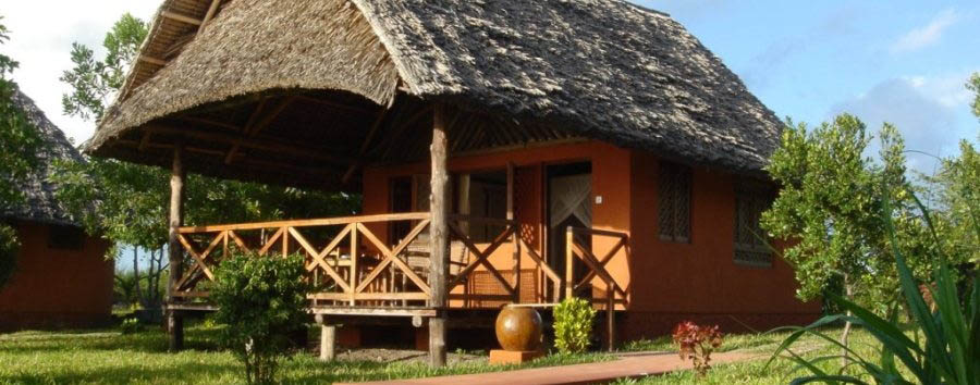 Kichanga Lodge - Exterior view