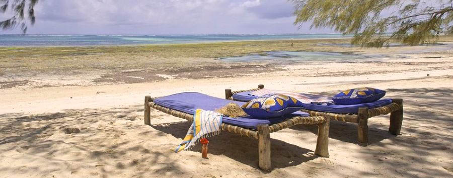 Kinondo Kwetu - Beach and Sunchairs