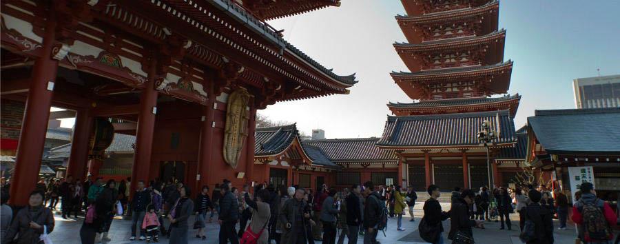 Romance in the Pacific Ocean - Japan Tokyo, Asakusa, Sensoji Temple
