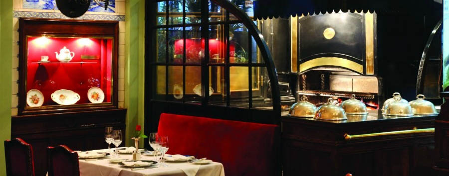 Plaza Hotel Buenos Aires - Plaza Grill Restaurant