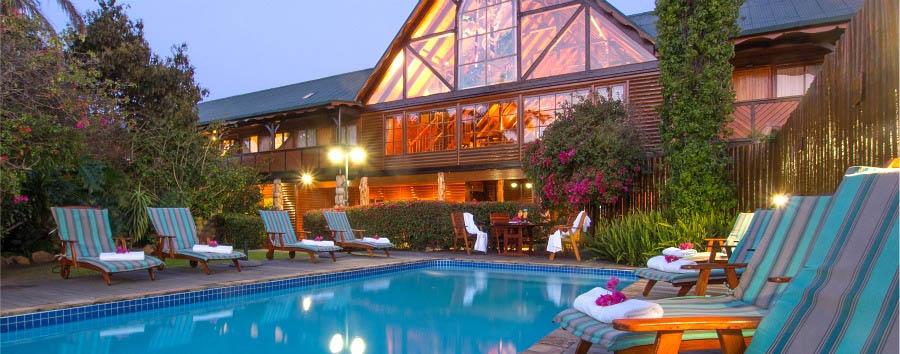 Knysna Log Inn - Pool Area
