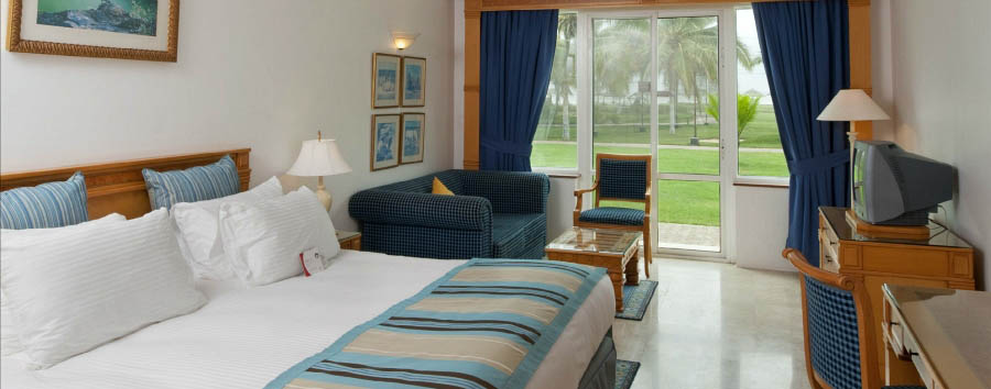 Mare al Crowne Plaza Salalah - Oman Crowne Plaza Resort, standard king double room