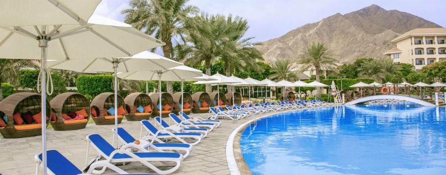 Shopping & Beach - Fujairah Fujairah Rotana Resort & Spa, Swimming Pool