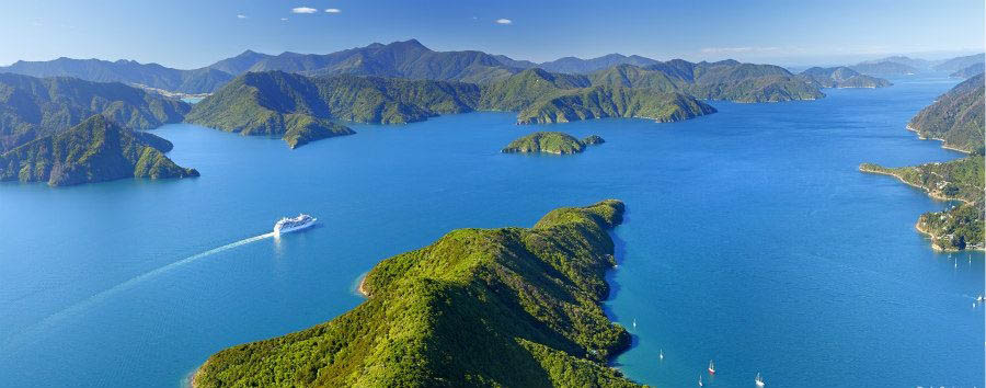 Nuova Zelanda, la Terra di Mezzo - New Zealand Marlborough Sounds © Rob Suisted/Tourism New Zealand