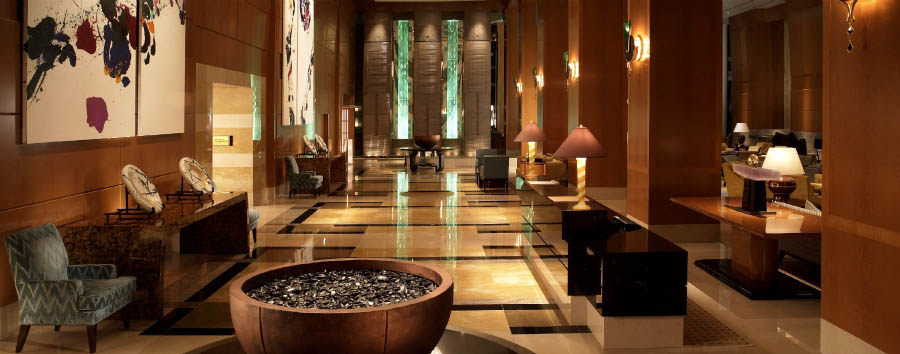 The Ritz-Carlton, Tokyo - Lobby