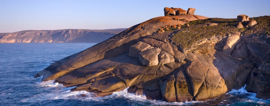 Unique Kangaroo Island Experience - Australia Kangaroo Island, Remarkable Rocks © Luxury Lodges of Australia