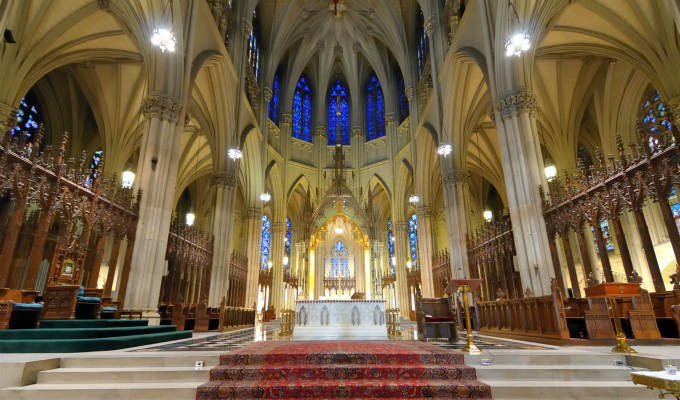 Interior of St. Patrick's Cathedral, a famed neogothic Roman Catholic Cathedral © Sean Pavone/Shutterstock - New York