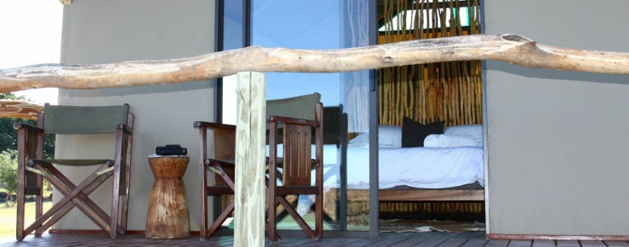 Camp+Chobe+-+Chalet+Interior+and+Deck