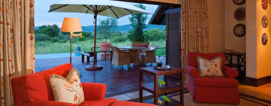 Mateya Safari Lodge - Suite lounge and terrace