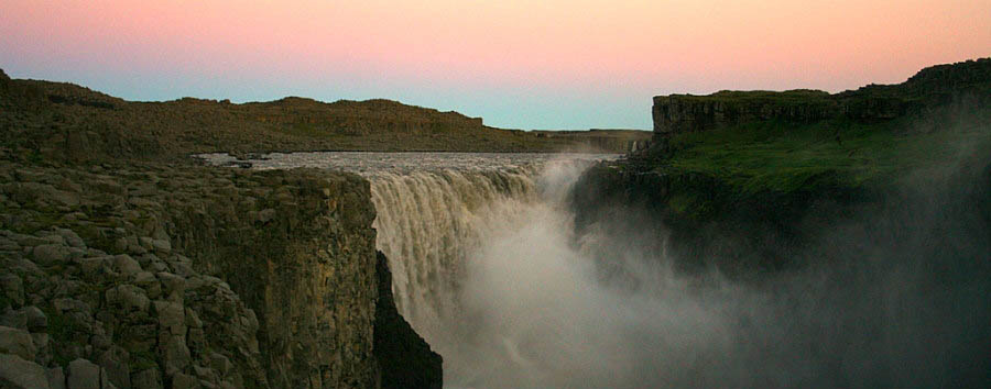 Dagli altopiani alle pianure - Iceland Dettifoss Falls - Courtesy of Iceland Travel