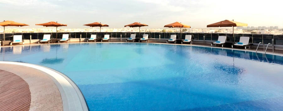 Novotel+Abu+Dhabi+Gate+-+Pool+Area