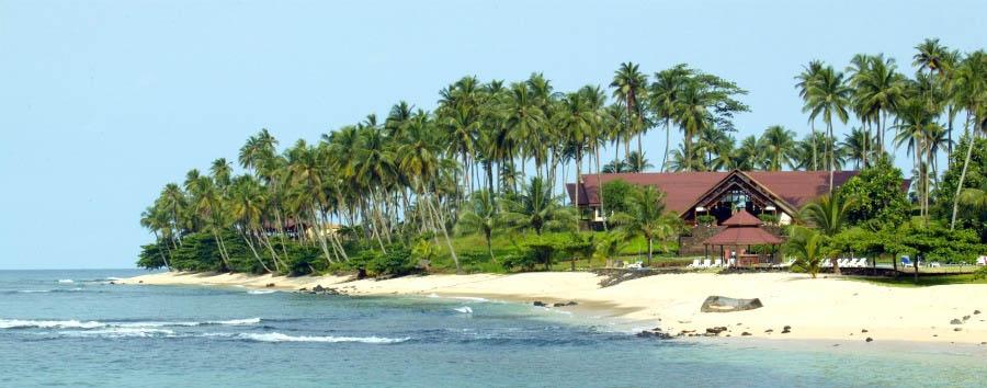 Pestana Equador - Hotel Exterior and Island View