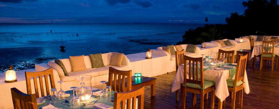 Ibo Island Lodge - Dining on rooftop restaurant
