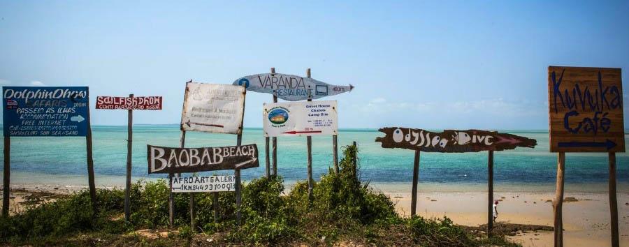 Villa Santorini: Jewel of Vilankulos - Mozambique Signs in Vilankulos