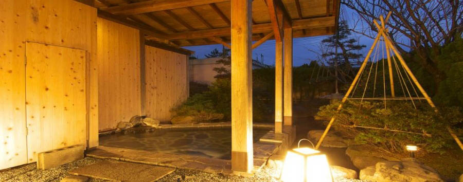 Ryokan+Notonosho+-+Outdoor+hot+spring+bath