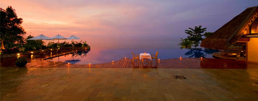 Eskaya Experience - Philippines Eskaya Beach Resort & Spa, Infinity Pool at Sunset