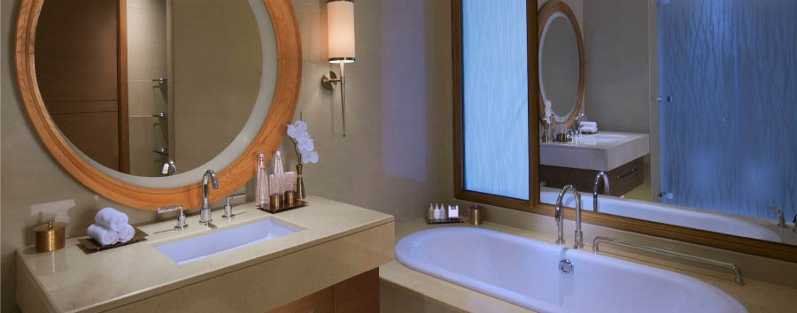 Eastern Mangroves Hotel & Spa by Anantara - Deluxe Mangroves Balcony Room Bathroom