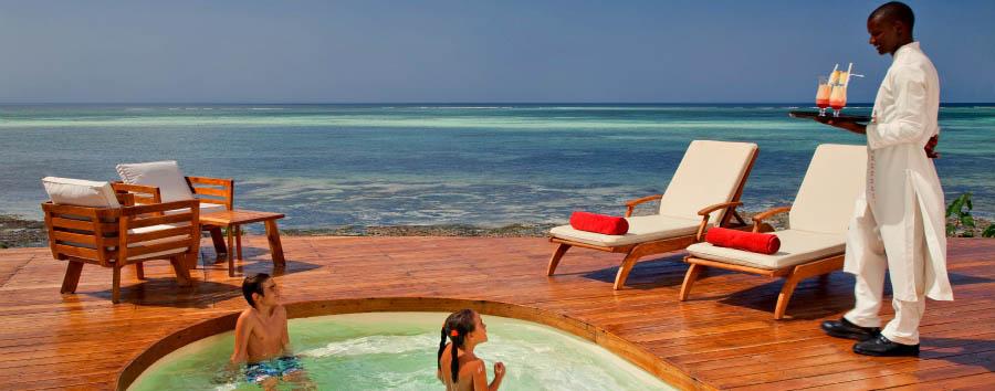 Essque Zalu Zanzibar - Pool by day