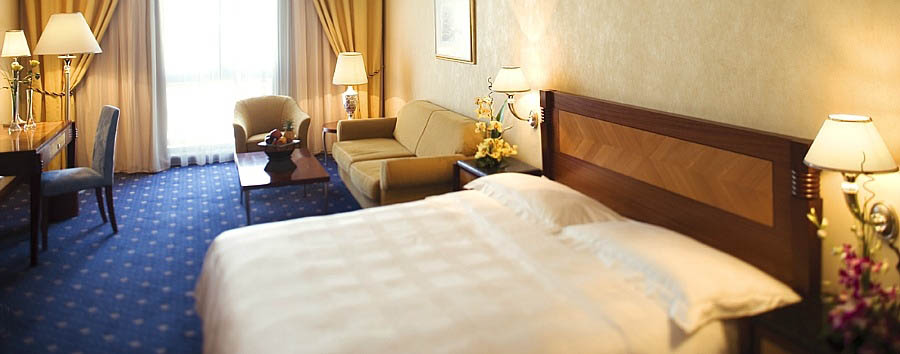Mövenpick Hotel Bur Dubai - Superior Room