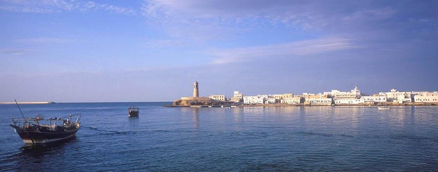 Classic Oman & Masirah - Oman Sur, City View © Khalil Al Zadjali