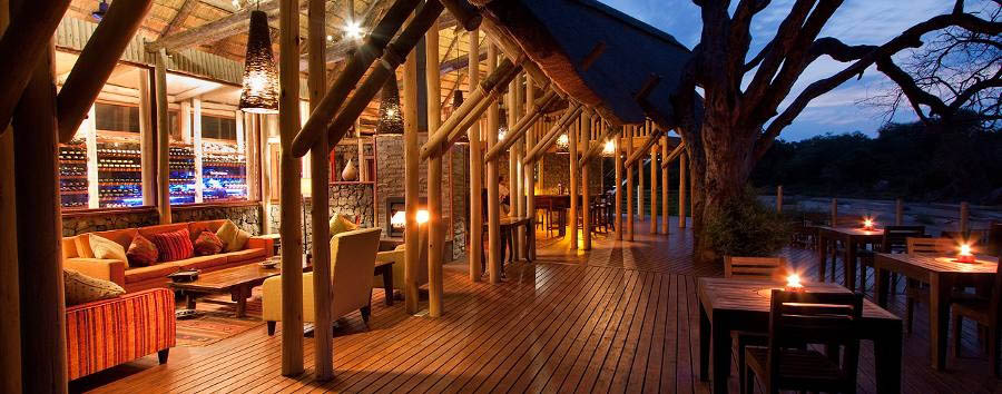 Rhino Post Safari Lodge - Main deck