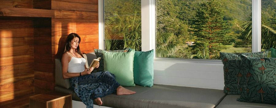 Unique Lord Howe Island Experience - Australia Capella Lodge, Relaxing at The Lounge © Luxury Lodges of Australia