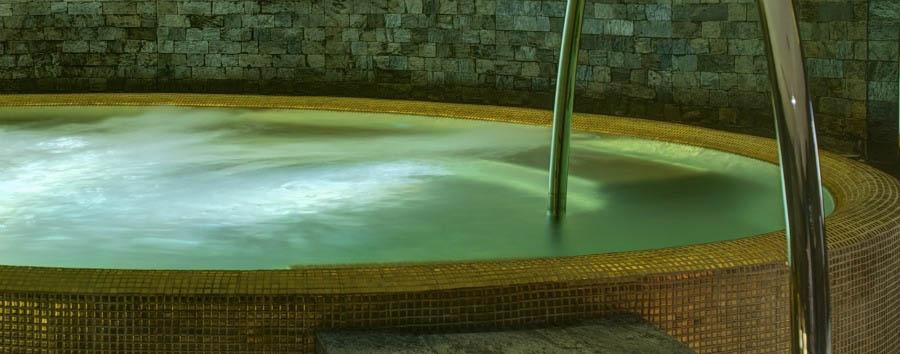 Park Hyatt Abu Dhabi Hotel and Villas - Atarmia Spa Jacuzzi
