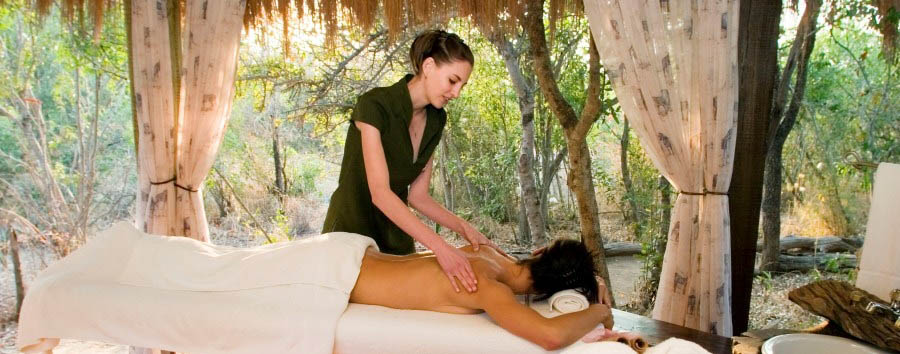 Camp Jabulani - Relaxing massage in the bush Spa